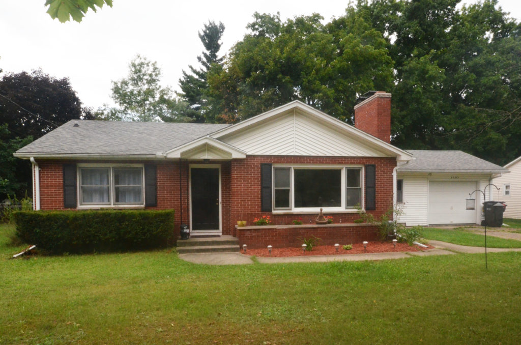 1130 Eldridge Drive, Kalamazoo, MI 49006 home for sale by Top Kalamazoo REALTORS Veenstra Team of eXp Realty